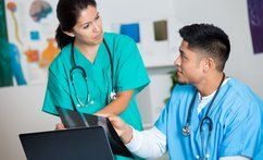 online-healthcare-colleges-in-texas_thumbnail